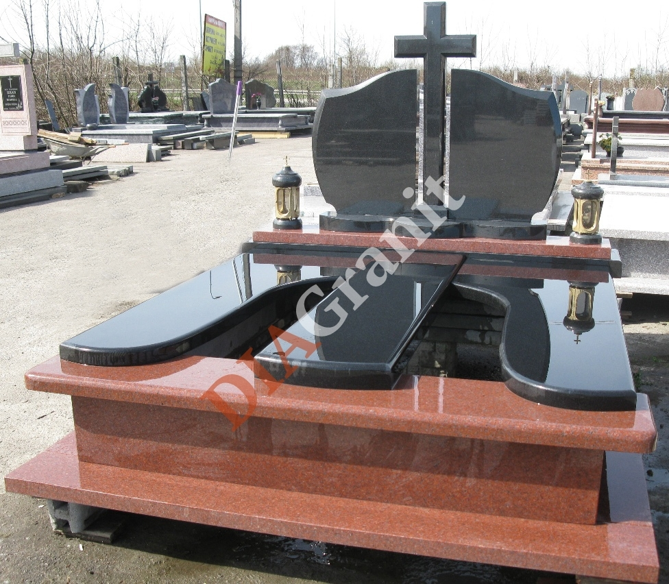 082 Imperial Red/Black
